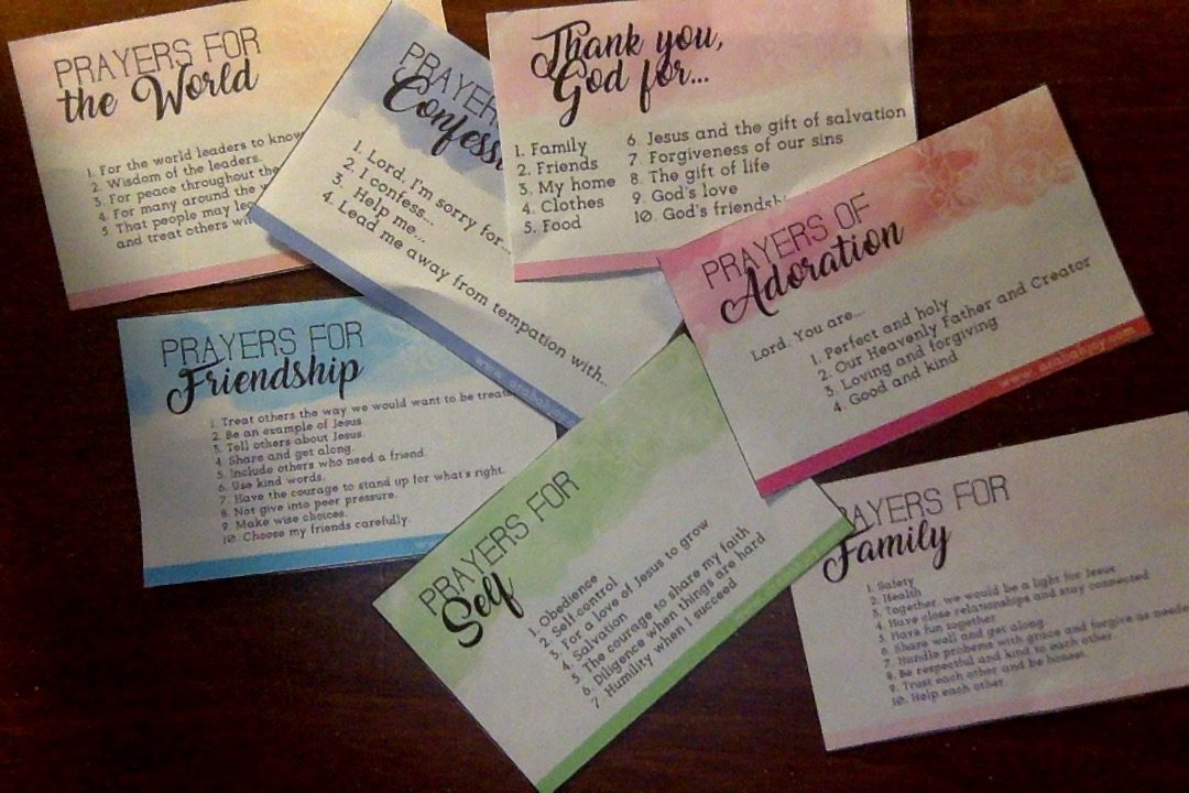 These FREE prayer prompt cards will help you and your child