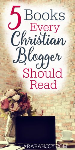 If you're a Christian blogger, you need to check out these 5 Books Every Christian Blogger Should Read!