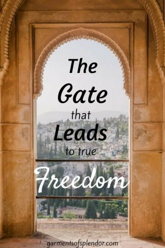 We're faced with the choice of two gates - average or beautiful. Will you choose the gate that leads to freedom? {with linkup}