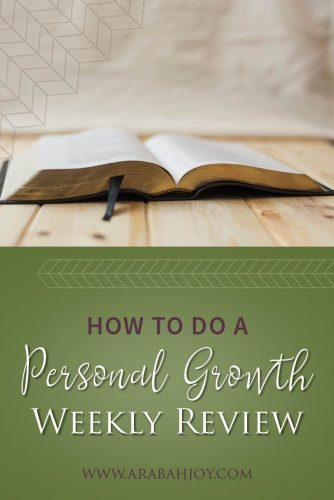 Are you looking to experience personal growth in your faith and in your life? These questions will help you review a week and encourage your personal growth. #personalgrowth #personalgrowthworksheet